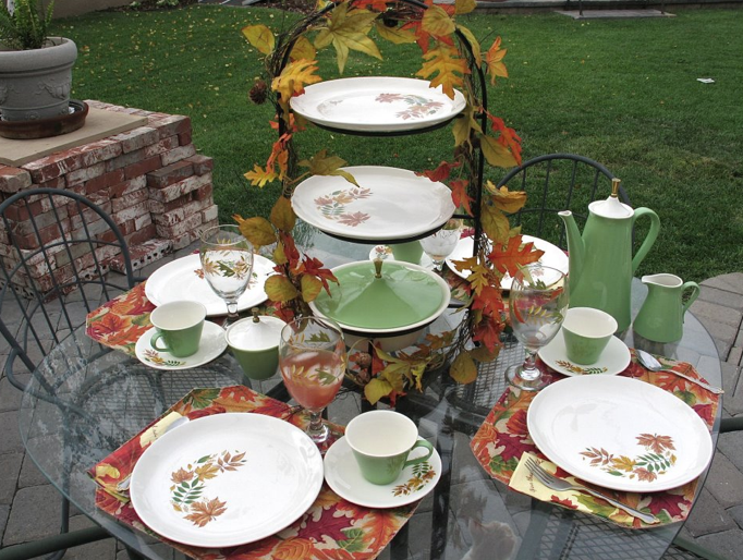 Autumn Leaves  Oven proof dinnerware by Salem & Autumn Leaves