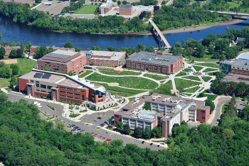 Tufts undergraduate admissions essays