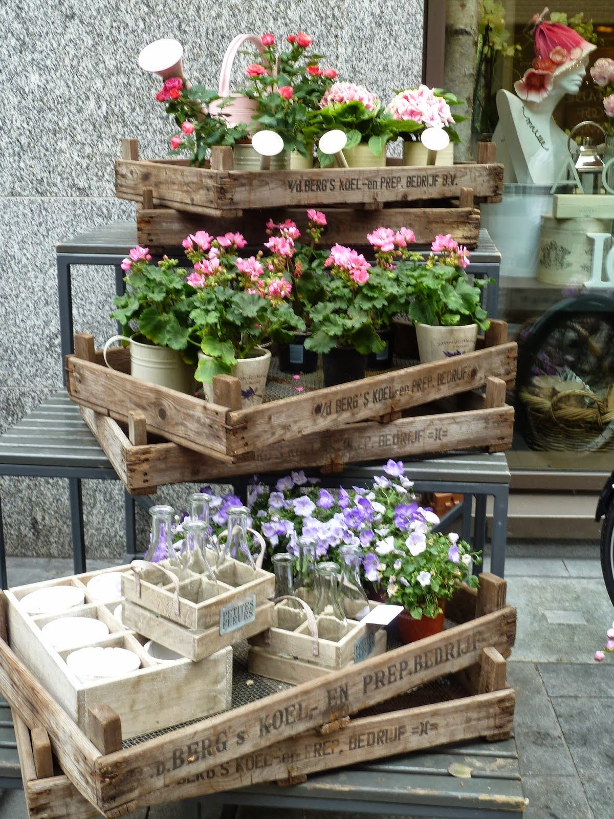 A Pretty Place To Play: Covent Garden's Back Streets