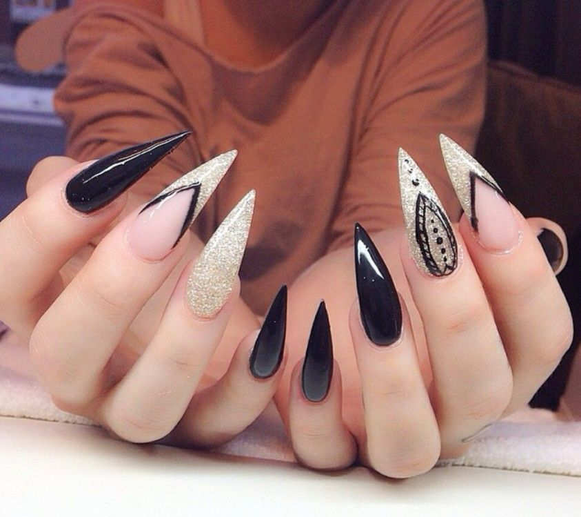 Black And White Stiletto Nails White Stiletto Nails Glow Nails Ghetto Nails