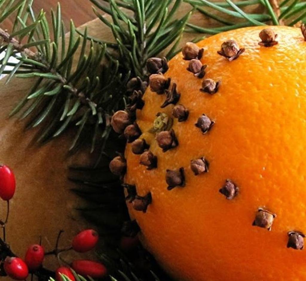 Votre maison sentira bon comme un sapin de Noël: 5 recettes de parfums d'ambiance dont vous deviendrez accro