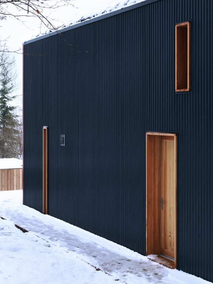 Corrugated metal as cladding theblackworkshop ralph for Metal wood siding