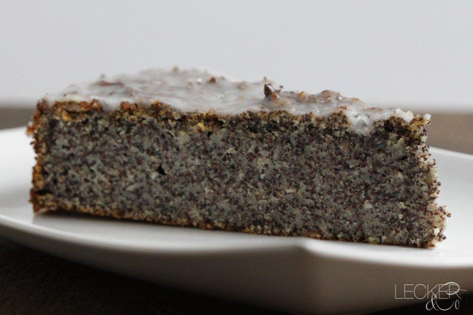 Mohnkuchen So Saftig Wie Noch Nie Rezept Mohnkuchen Lecker Und Kuchen Rezepte Einfach
