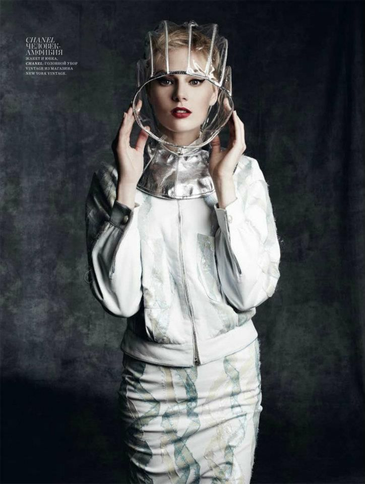 Rocking a vintage helmet from @Lisa Harper's Bazaar Russia, February 2012  #fashion #editorial #model #hat #style #future #space #modern #mod
