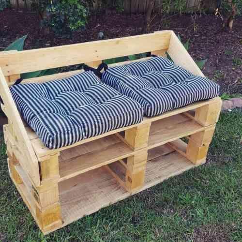 Banc de jardin en palettes : un choix respectueux de l\'environnement ...
