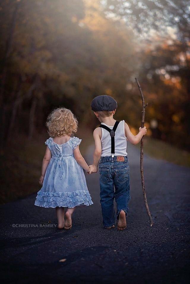 Ik koos voor deze pin omdat je hier op een meisje en jongen ziet. Deze pin moete...  #deze #een #hier #jongen #Koos #meisje #moete #omdat #Pin #voor #ziet