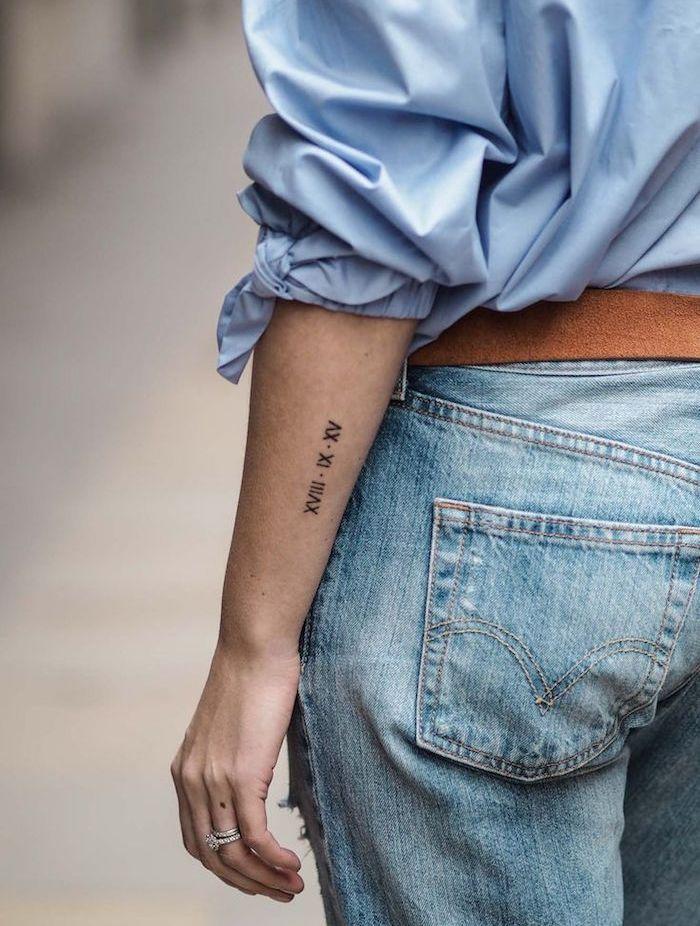 résultats de recherche d'images pour « tatouage date romaine cotes