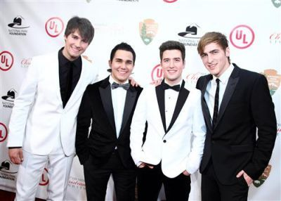 big time rush national christmas tree lighting ceremony 2011 red carpet 12111 - Big Time Rush Christmas