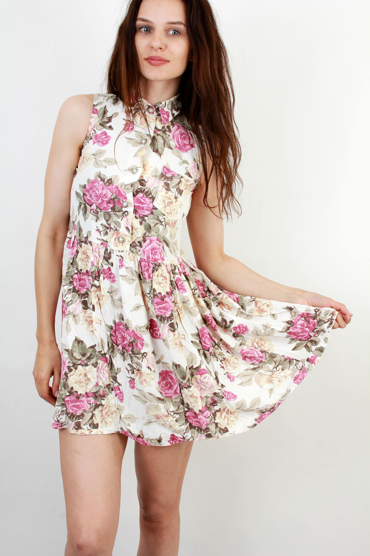 0c118eb15ebf Vintage Floral Dress / Floral Mini Dress / Romantic Dress / Floral Summer  Dress / Sun Dress / Feminine Dress / US12 / M by Ramaci on Etsy