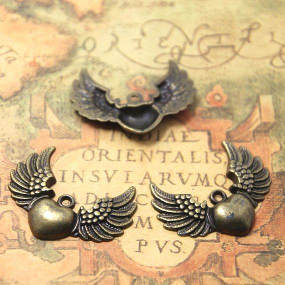 10PCs Heart with Wings Angel Wings Wing Pendant Heart Charm Bronze tone 38*28MM