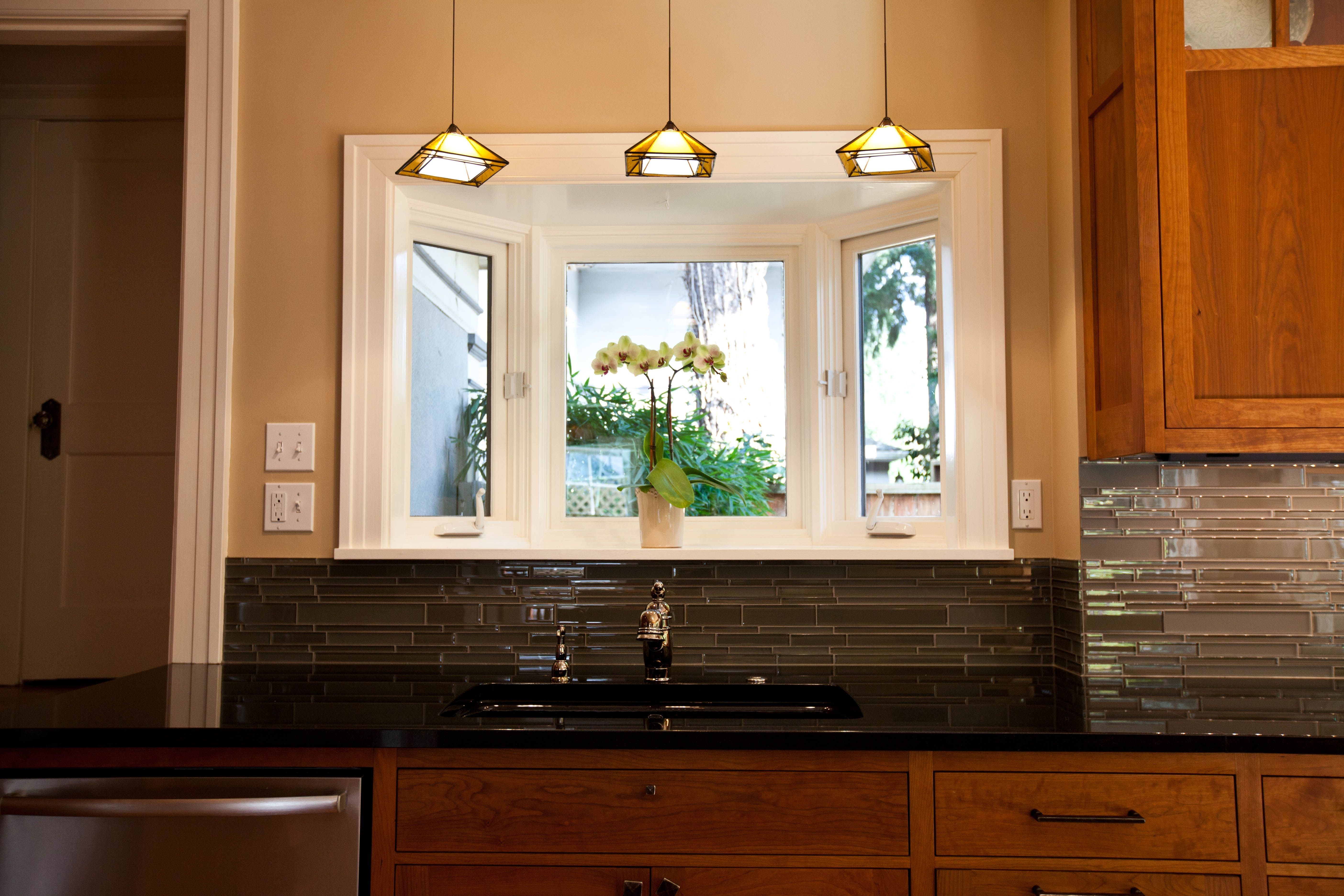 Light above kitchen sink ideas