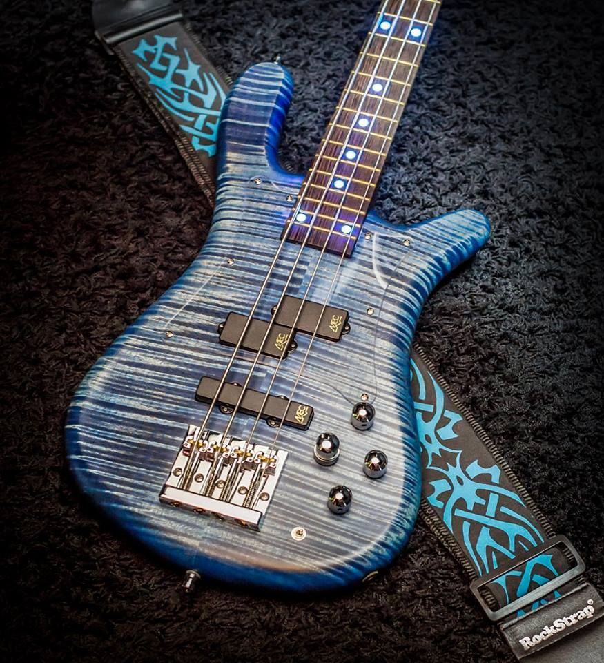 Warwick  Streamer LX Beached Ocean Blue Transparent Satin AAA Coloured Flamed Maple Body Wood Blue Front and Side LEDs Acrylic Transparent Natural Pickguard