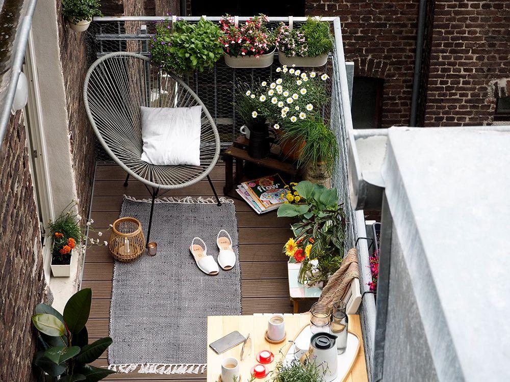 Mit diesen Tipps wird ein kleiner Balkon zur Stadtoase Balkon - balkon ideen blumenkasten gelander