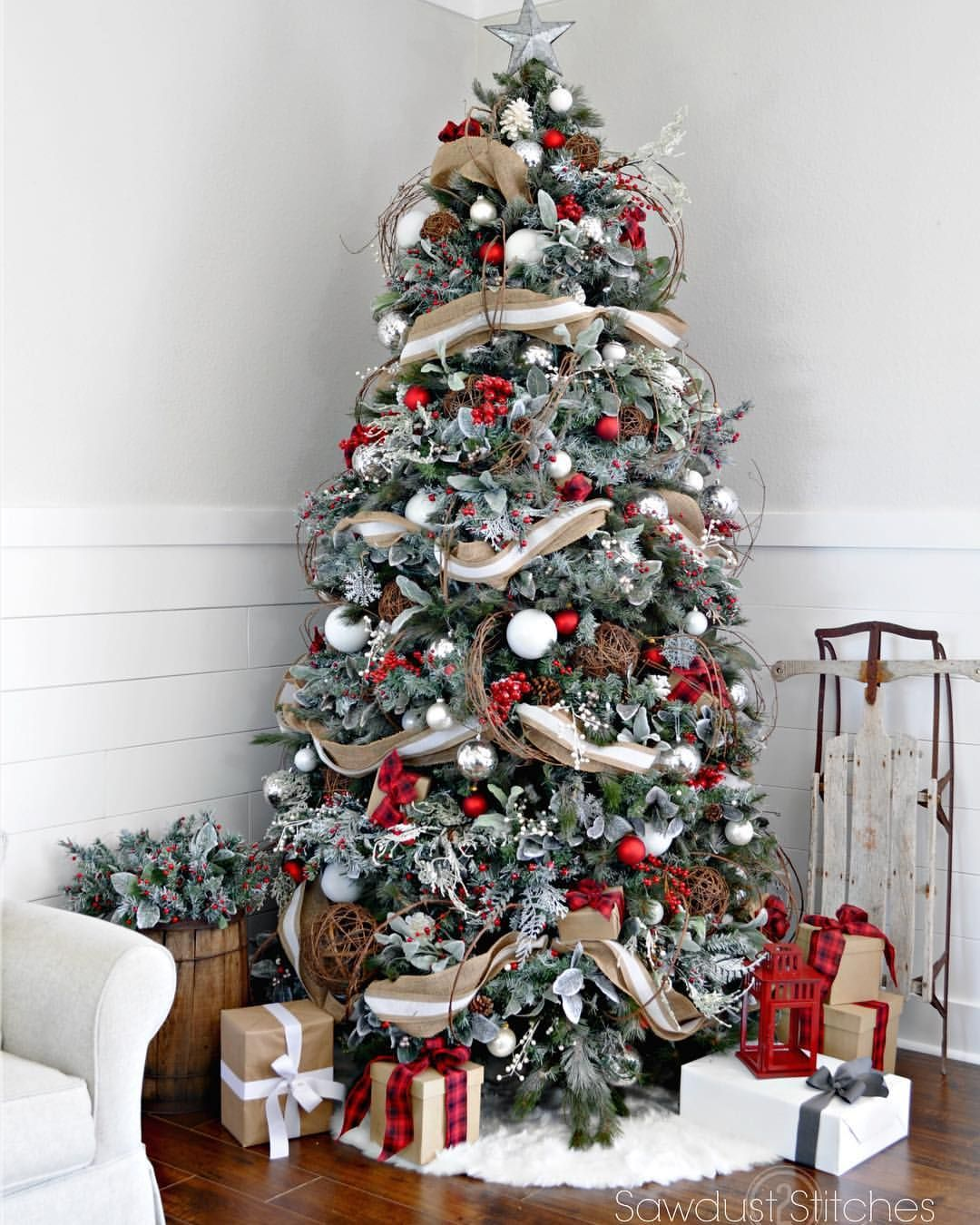376 Likes 12 Comments Corey Decker Sawdust2stitches On Instagram Let S Take A Lo Red And Gold Christmas Tree Rustic Christmas Tree Cool Christmas Trees