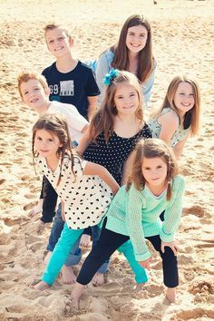 Creative Group Photo Ideas And Poses