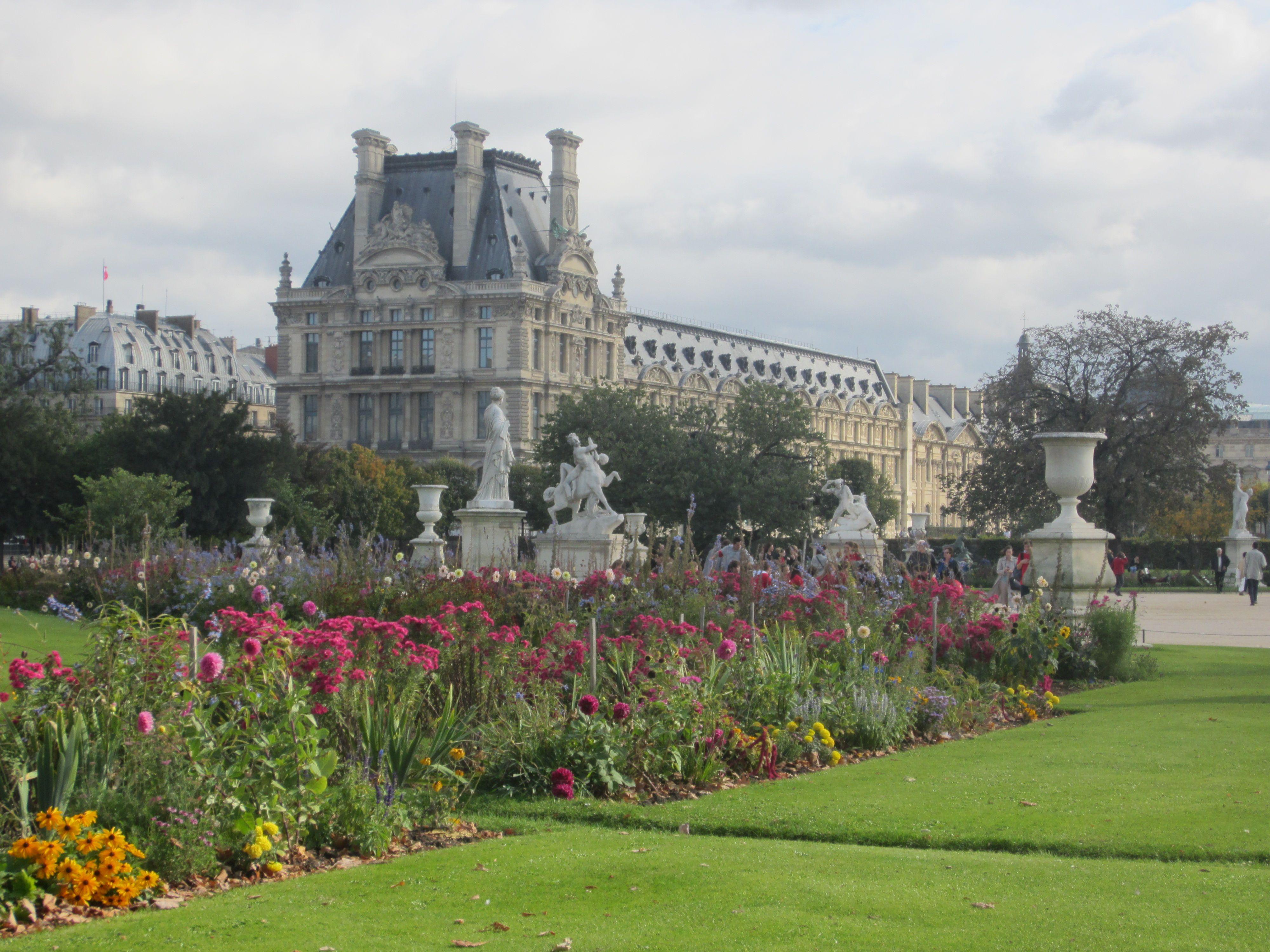 Paris Highlights – Jardin des Tuileries | France