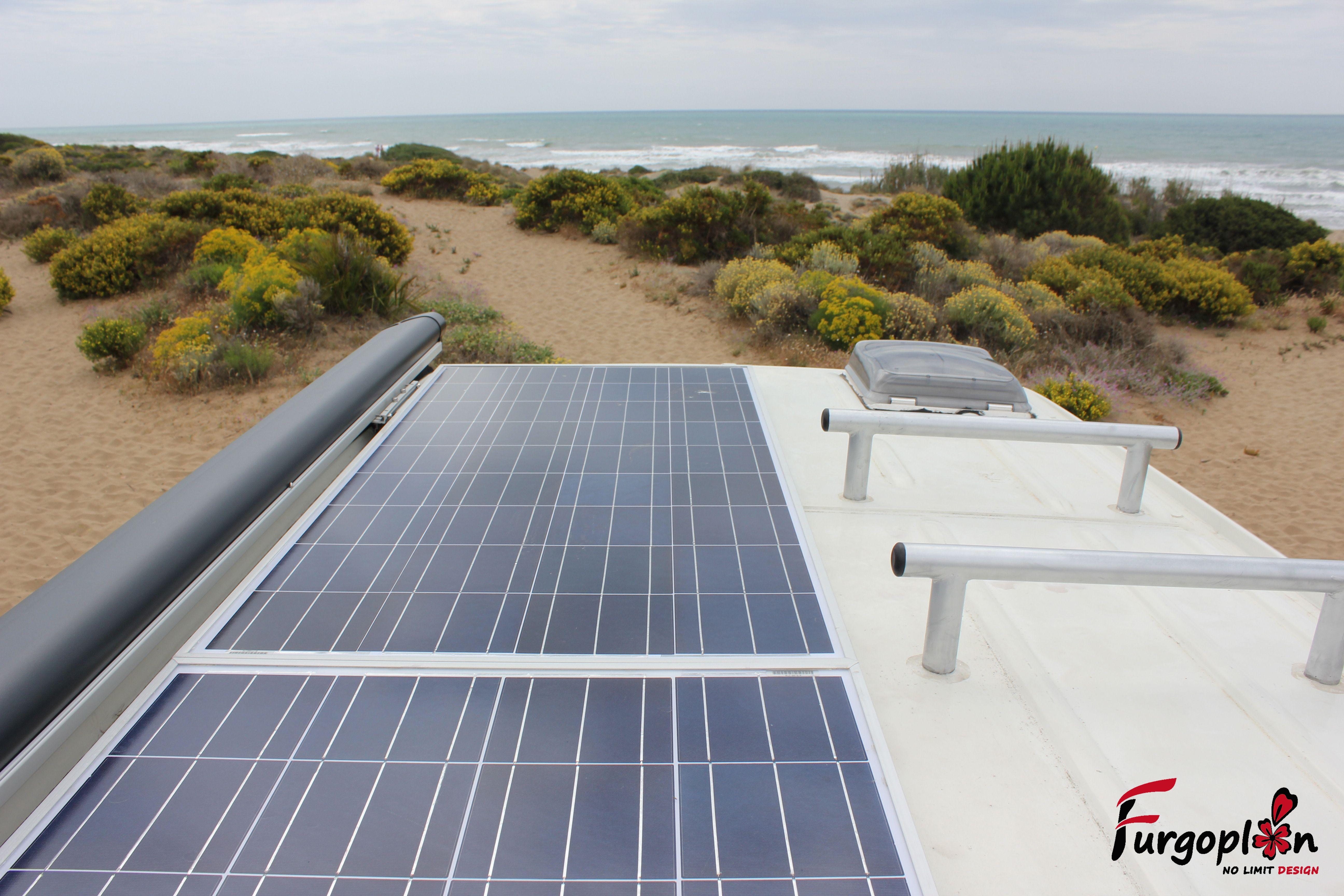Placas solares de 130W de la VW Crafter. www.furgoplon.com