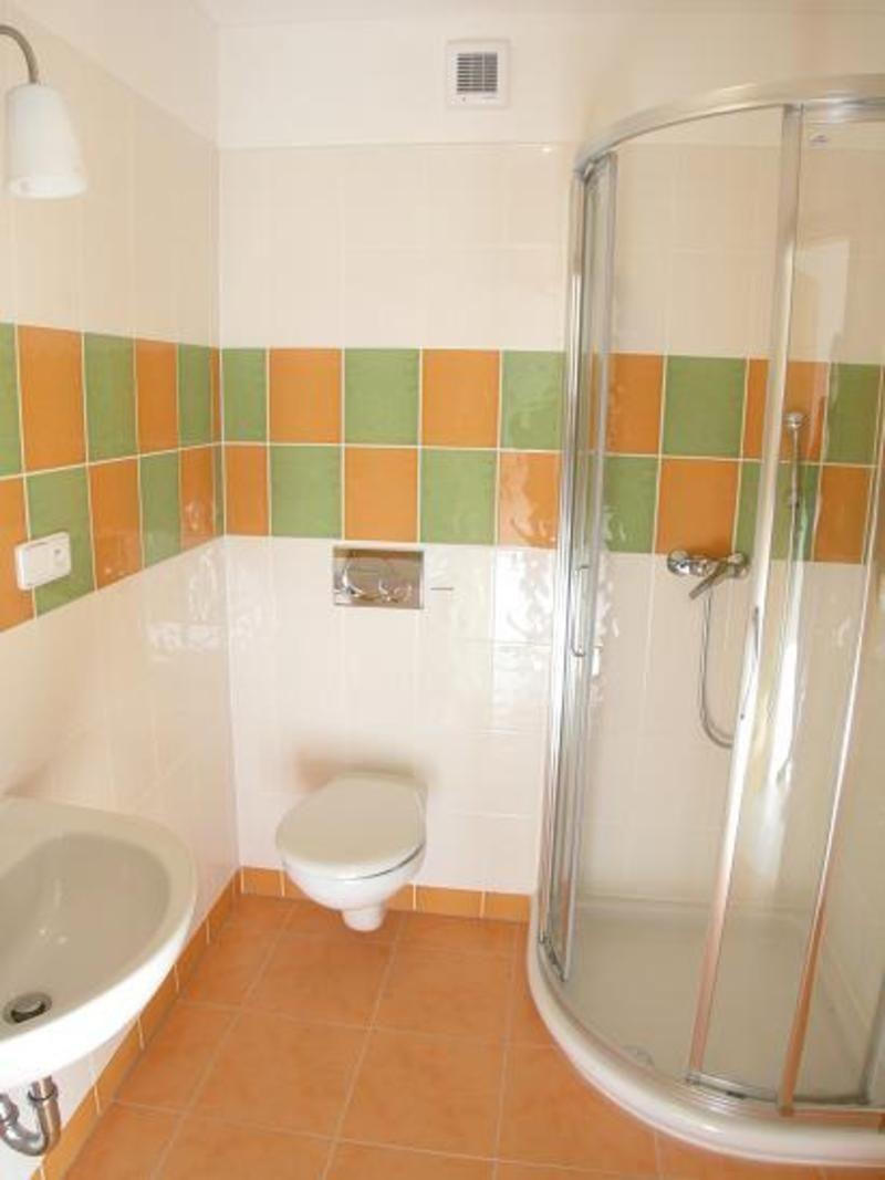 Corner bathroom shower designs - Small Corner Bathroom With Shower Google Search
