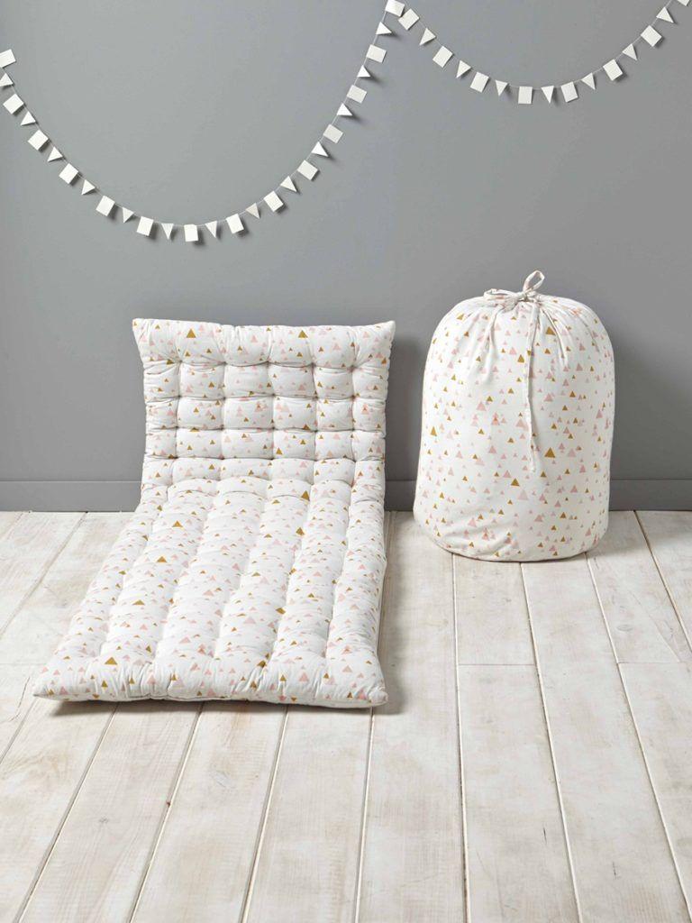 Cuscino Capitonnè Fai Da Te materassi per bambinida terra | design stanza dei bambini