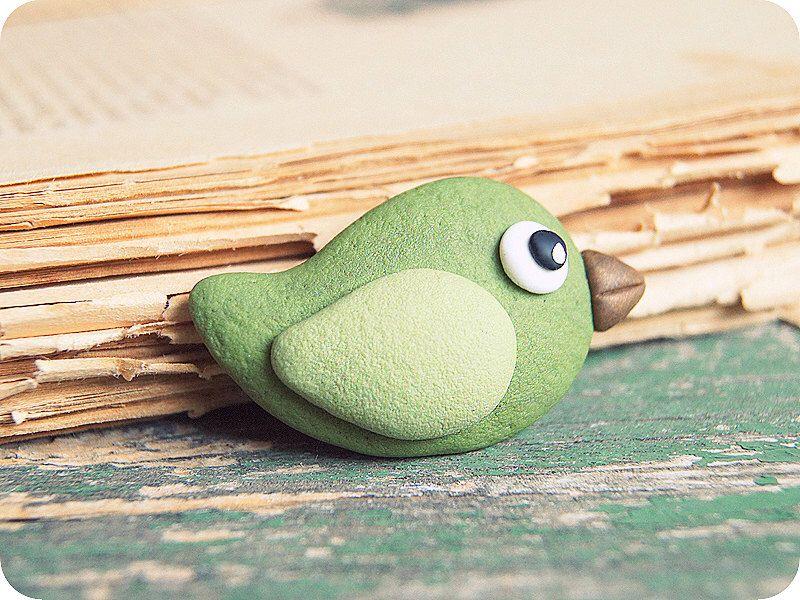 Brooch Sweet Green Bird - polymer clay brooch - gift for Mom - Bird brooch - nature brooch by YaTomkaStore on Etsy https://www.etsy.com/listing/187582387/brooch-sweet-green-bird-polymer-clay