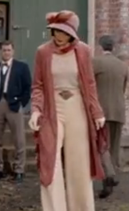 b65956c485196d I'm a 1950's clothing fan, but the 1920 outfits Miss Fisher wears are  AWESOME! Miss Fisher's Murder Mysteries | Jewel Divas Style