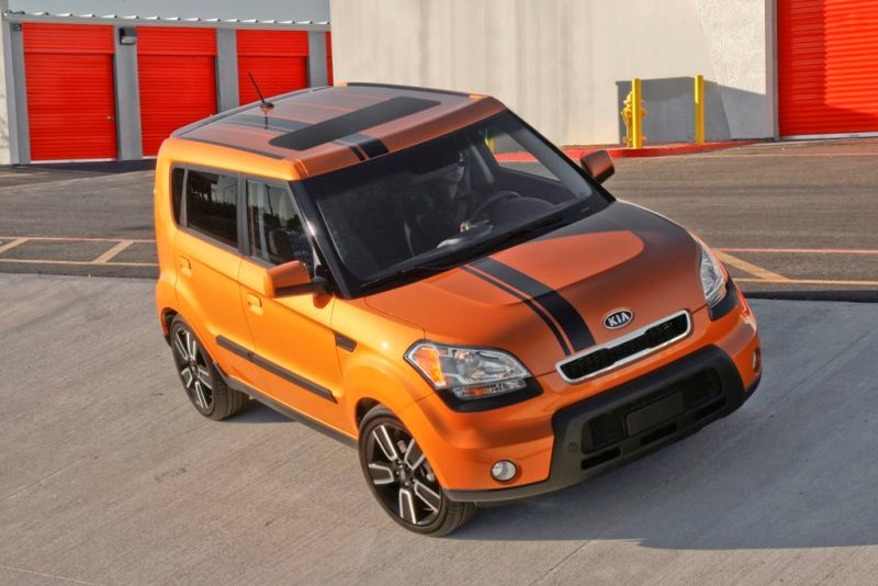 2018 Kia Trailster: News, Expectations >> Orange Kia Soul With Black Stripe Cars Kia Soul