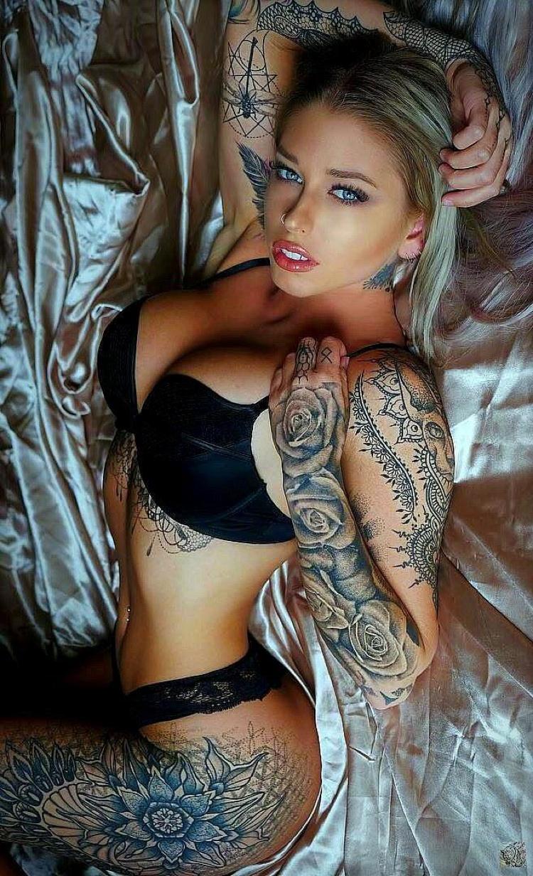 Sexy angels tattooed nake