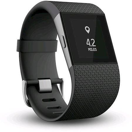 Fitbit Surge tarjoaa kaiken mitä tarvitset treenaamiseen. #Powerfi