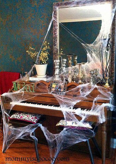 10 Fun and Really Inexpensive Halloween Decorating Ideas halloween - good halloween decoration ideas