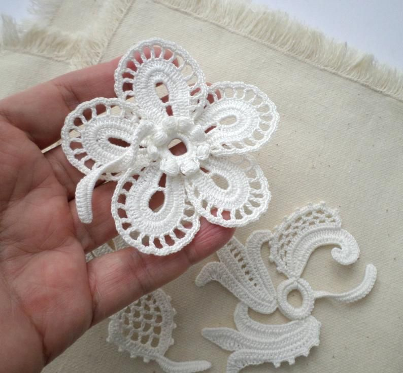 off white floral applique Wedding decor Irish crochet lace flower motifs