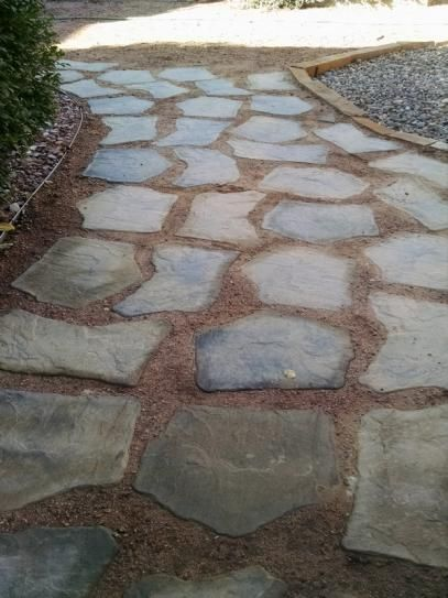 Nantucket Pavers 20 In And 21 Irregular Concrete Tan Variegated Stepping Stones Kit Piece 52204 At The Home Depot Mobile