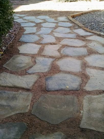 Nantucket Pavers 20 In X 21 In Irregular Concrete Tan Variegated