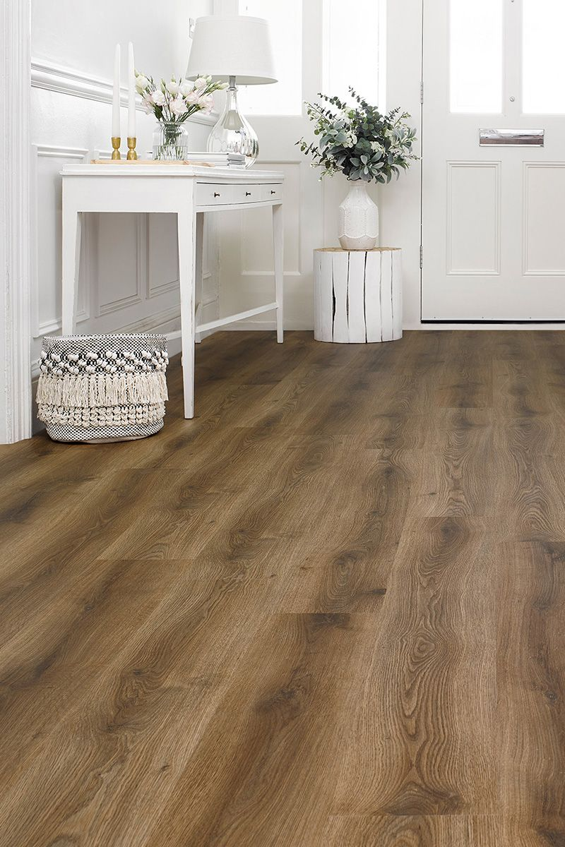 With Its Cool Brown Tones And Realistic Textured Surface Spectra Iced Coffee Oak Plank Luxury Click Vinyl Flooring Vinyl Wood Flooring Vinyl Flooring Kitchen