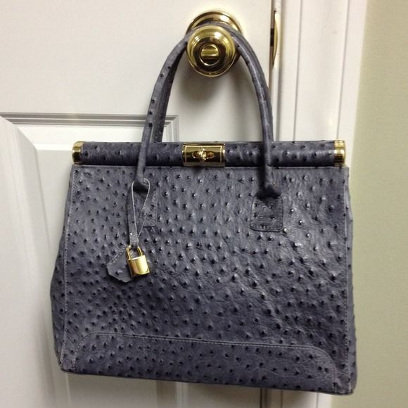 Genuine Leather Bag Made In Italy Ostrich Dark Grey Gold Tone Accents Has Longer Strap Included For Shoulder Wear Giada Pelle Bags