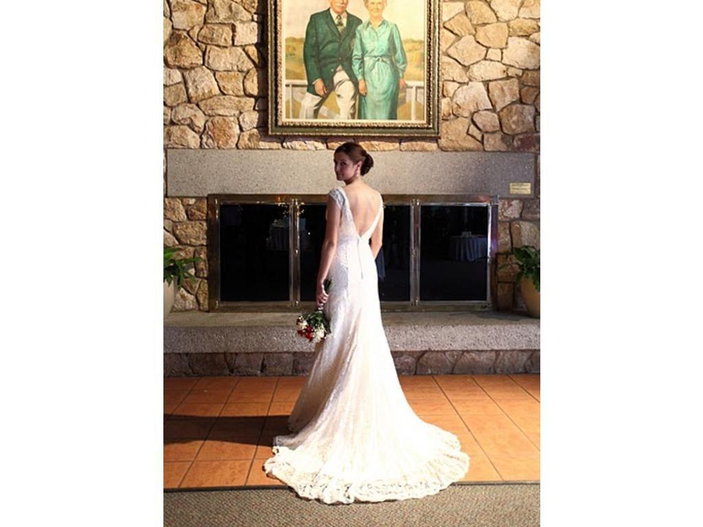 Google Image Result for http://www.recycledbride.com/uploads/listing/40/40305/davids_bridal_t9612_wedding_dresses_31509_view2.jpg