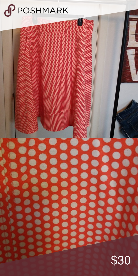 Skirt Fit And Flare Skirt From The Modernist Collection At Lane Bryant Has Pockets Like New Condition Zipper Back Wi Fit And Flare Skirt Skirts Lane Bryant