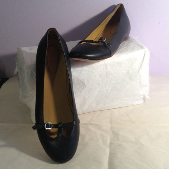 BRAND NEW SEE BY CHLOE DARK BLUE FLATS SZ-9/39 BRAND NEW SEE BY CHLOE DARK BLUE LEATHER FLATS SZ-9/39. MADE IN ITALY See by Chloe Shoes Flats & Loafers