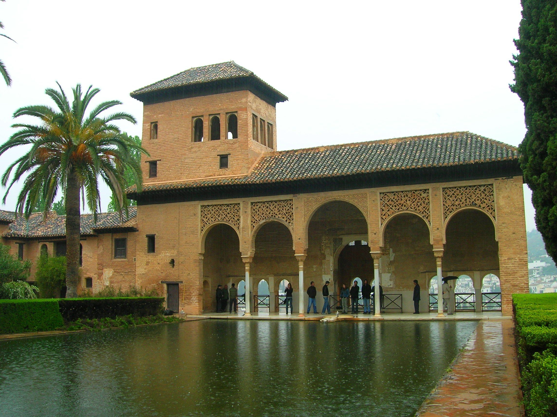 The Most Famous Spanish Stylethe Alhambra Where Columbus Had An Audience With