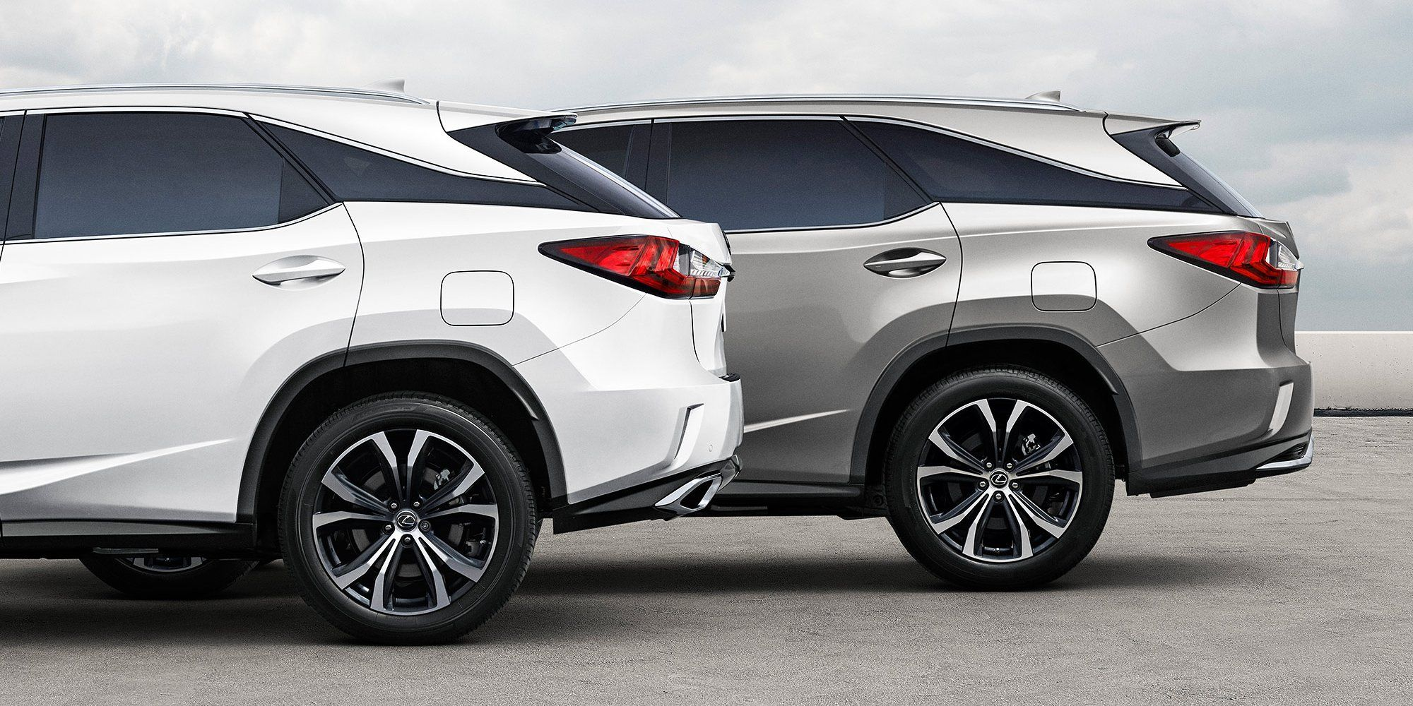 Lexus Goes Big With An Extra Large Rx350l And Rx450hl Crossover Suv Business Insider Lexus Best Suv Lexus Models