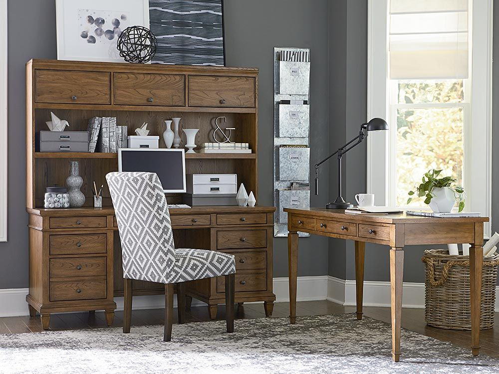 the commonwealth executive desk with hutch by bassett furniture rh pinterest com