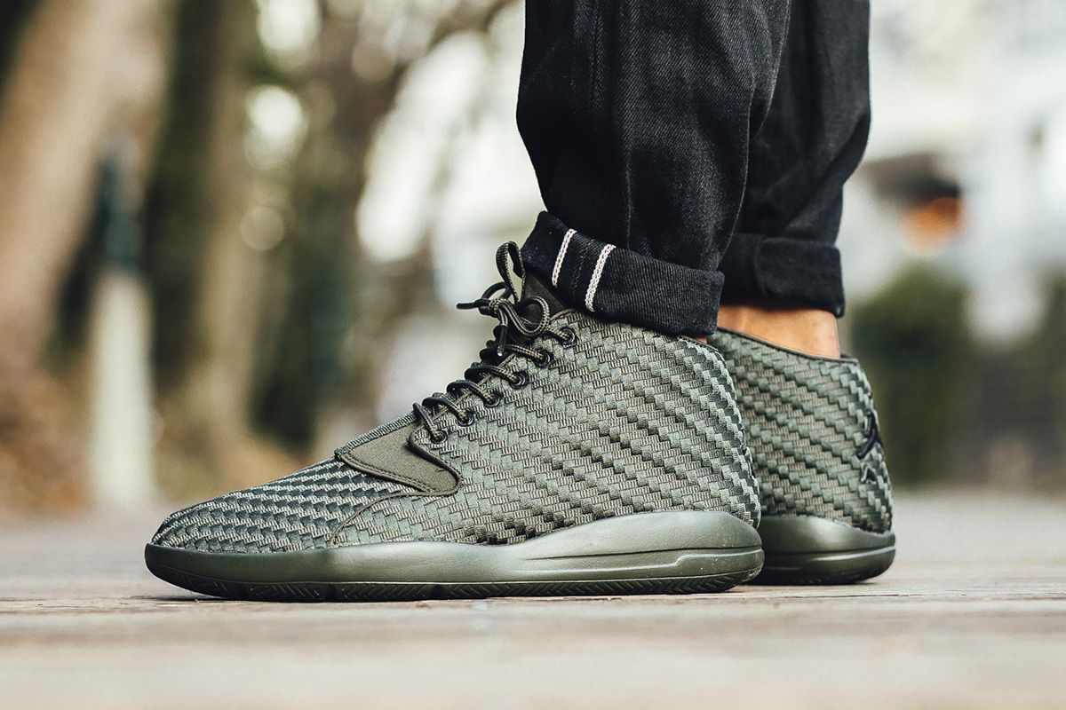 jordan eclipse chukka green