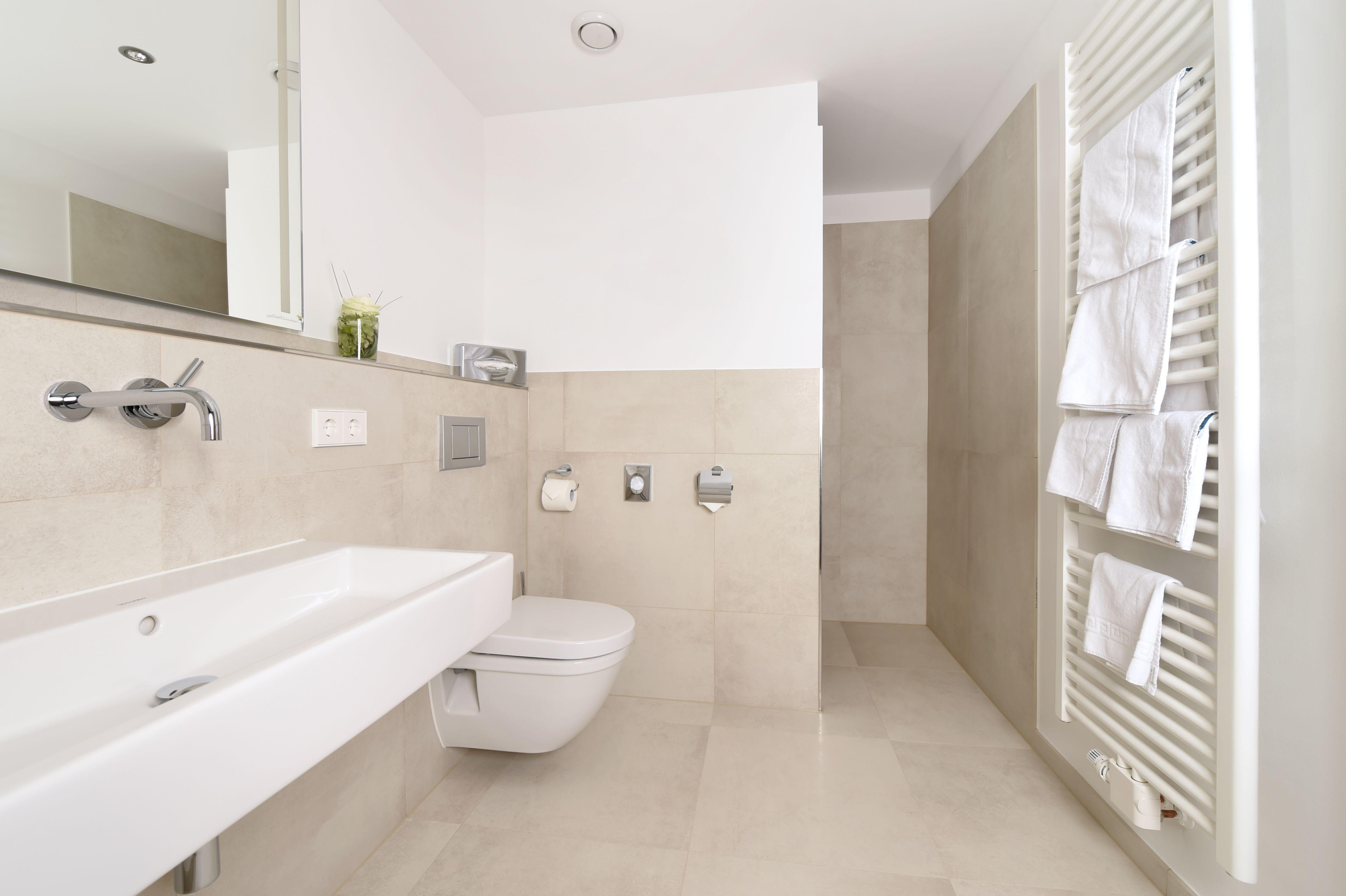 Pin Von Fliesen Kemmler Auf Begehbare Duschen Badezimmer Dusche Einzug