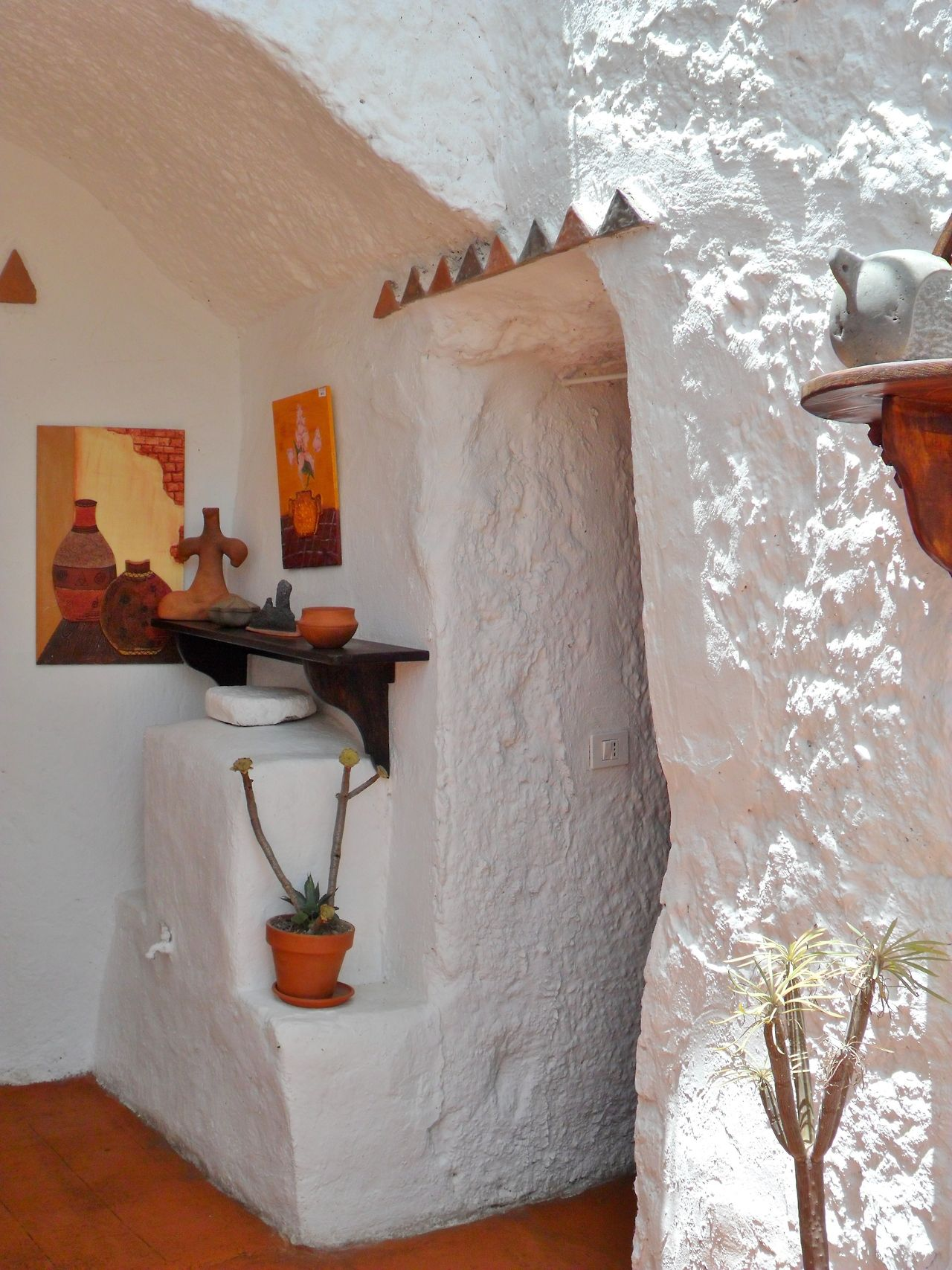 Cave Dwellings At Barranco De Guayadeque Gran Canaria Canary Islands House Interior Interior Home