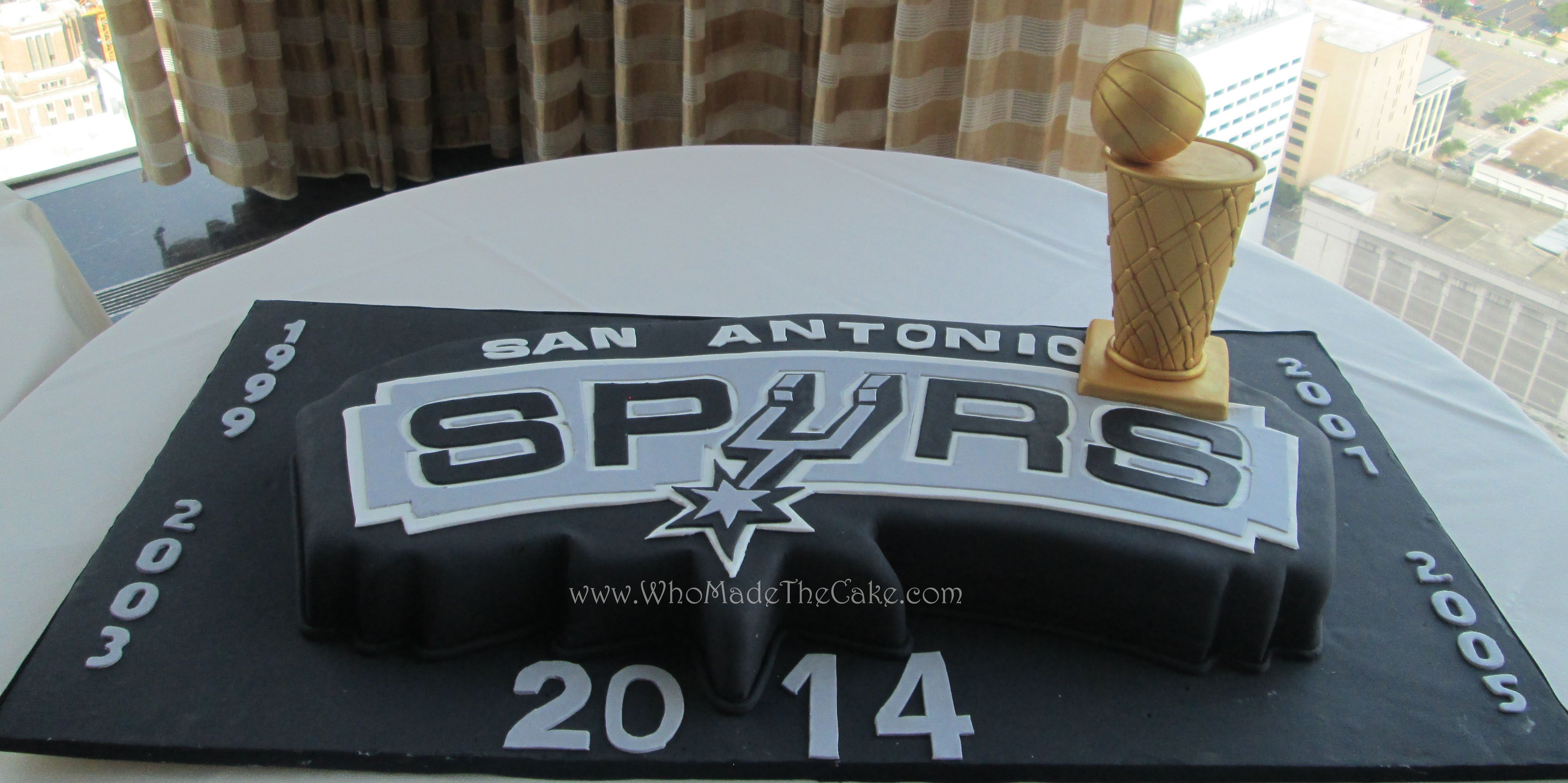 San Antonio Spurs Championship Grooms Cake by wwwWhoMadeTheCake