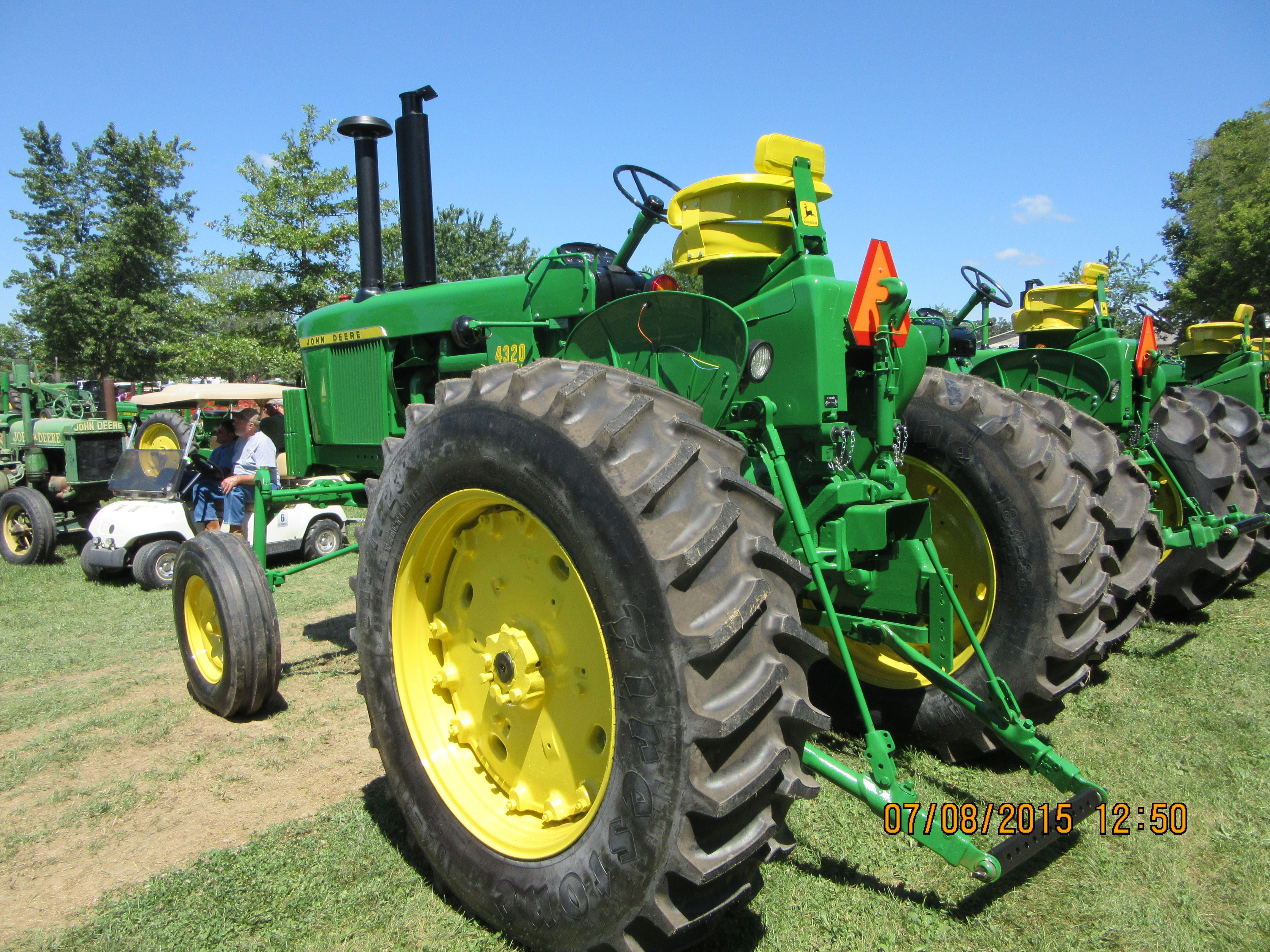 rear of 116hp john deere 4320 hi crop john deere equipment rh pinterest co  uk 1984 1050 John Deere Tractor 1984 1050 John Deere Tractor