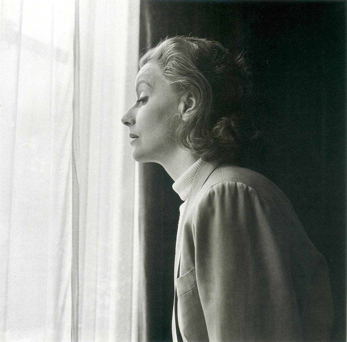 Cortez Plaza Apartments Home: Greta Garbo New York Apartment