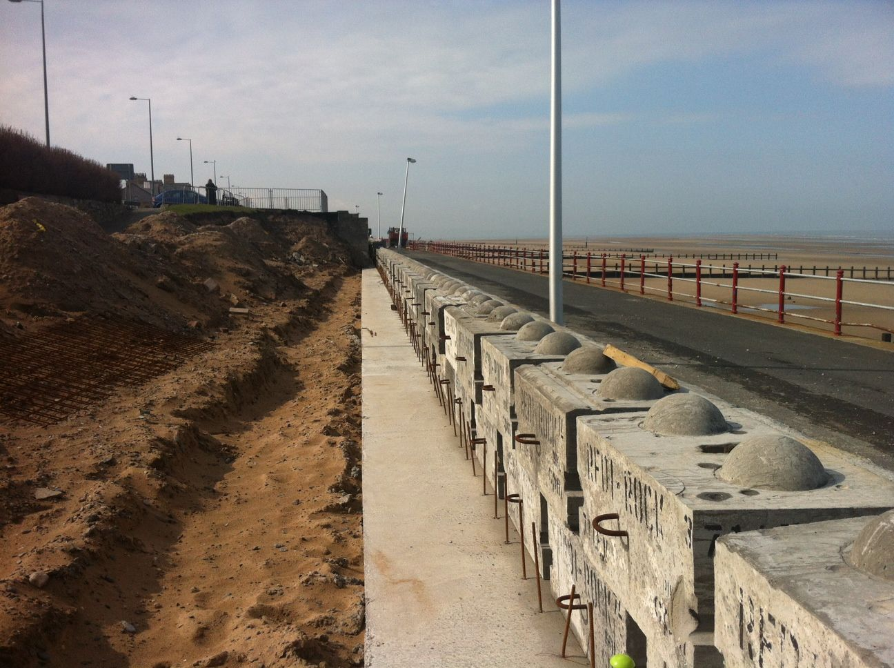 Precast Concrete Blocks Manufactured By Cpm Are Dry Laid Enabling For Quick And Fast Installation Precast Concrete Flood Protection Free Standing Wall