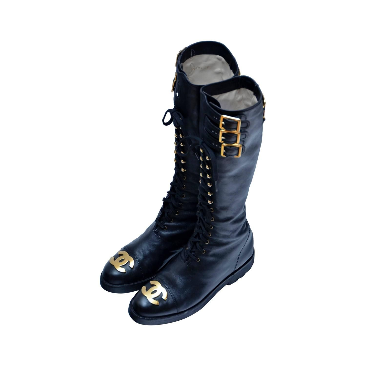6ba2db9907b7 Iconic CHANEL Vintage Combat Leather Boots Imposible To Find 39.5 Mint