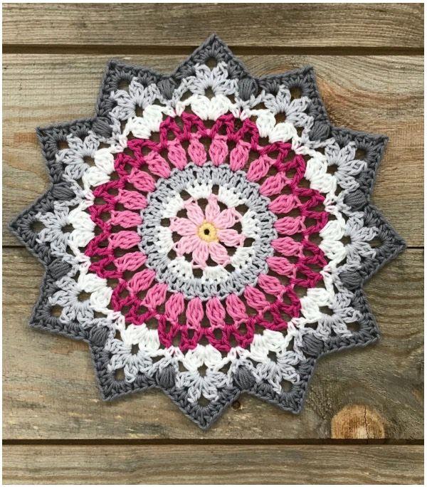 Winter Crochet Mandala #crochetmandalapattern
