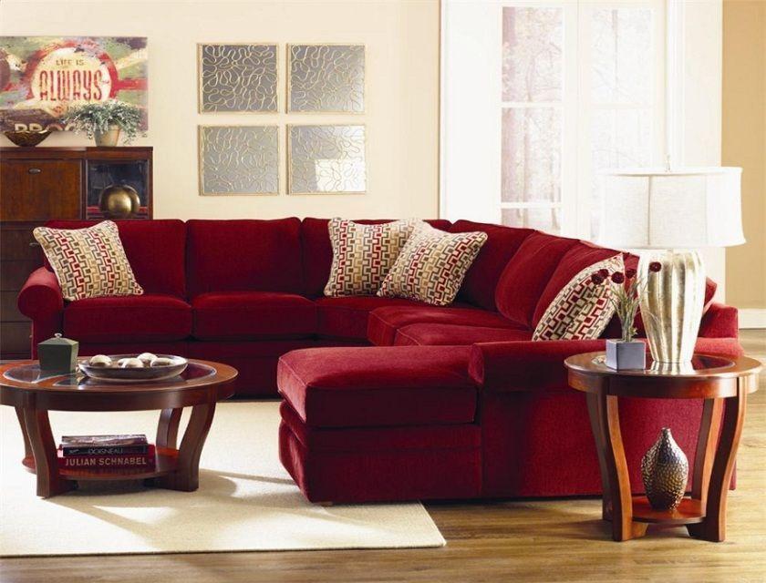 Marvellous Simple Living Room Design Featuring U Shaped Red Velvet Sofa With Soc Design Marvellous Simple Living Room Design Featur En 2020 Interiores Estilos